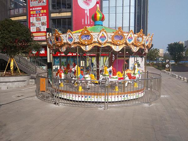 16 seats outdoor carousel