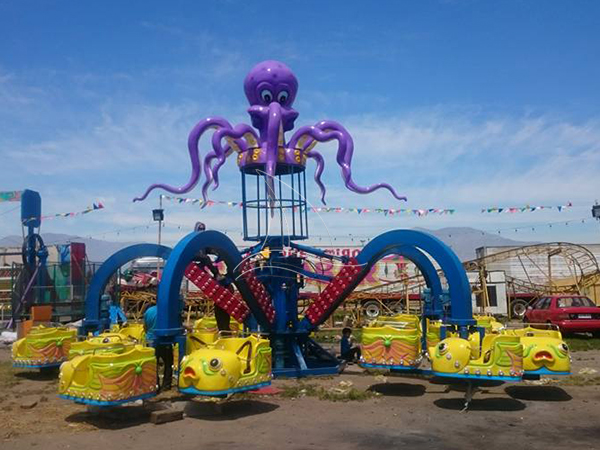 Thrilling giant octopus rides